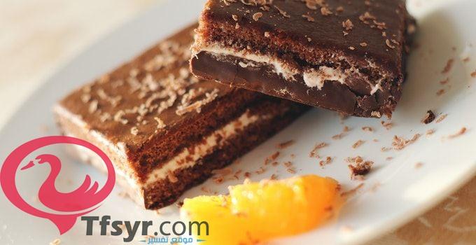 تفسير اكل الكعك في المنام للعزباء