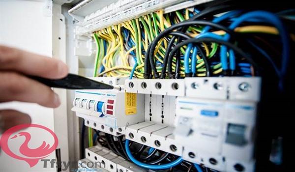 تفسير الكهرباء في المنام للعزباء