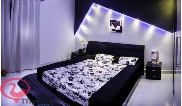 سرير مبلل بالماء في المنام