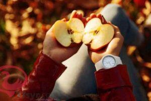 التفاح في المنام للعزباء والحامل والمتزوجة