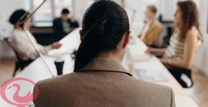 تفسير رؤية مكان العمل في المنام للمتزوجة والعزباء